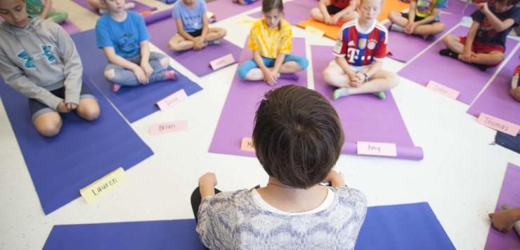 mindfulness pleine conscience méditation en classe enfants